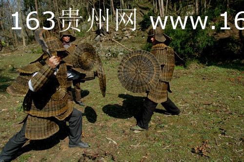 于布依铜鼓与藤甲舞历史化